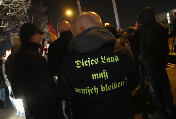 2016 Berlin Christmas Market Attack「AfD Holds Vigil Following Berlin Terror Attack」:写真・画像(5)[壁紙.com]