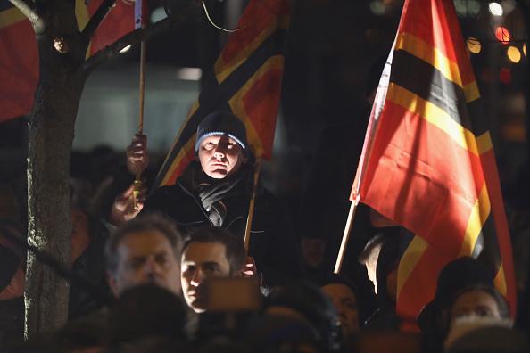 2016 Berlin Christmas Market Attack「AfD Holds Vigil Following Berlin Terror Attack」:写真・画像(13)[壁紙.com]