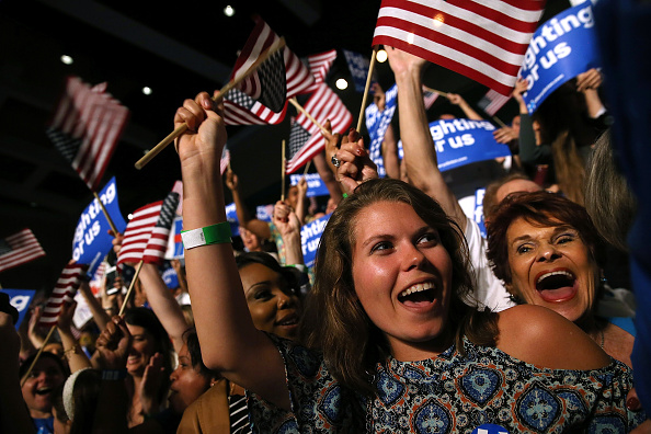 Florida - US State「Democratic Presidential Candidate Hillary Clinton Holds Primary Night Event In Florida」:写真・画像(1)[壁紙.com]