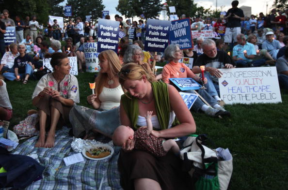 Support「Activists Hold Vigil For Health Care Reform」:写真・画像(11)[壁紙.com]