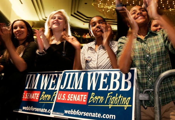 Public Speaker「Webb And Allen Face Off In Close Race For Senate Seat」:写真・画像(10)[壁紙.com]