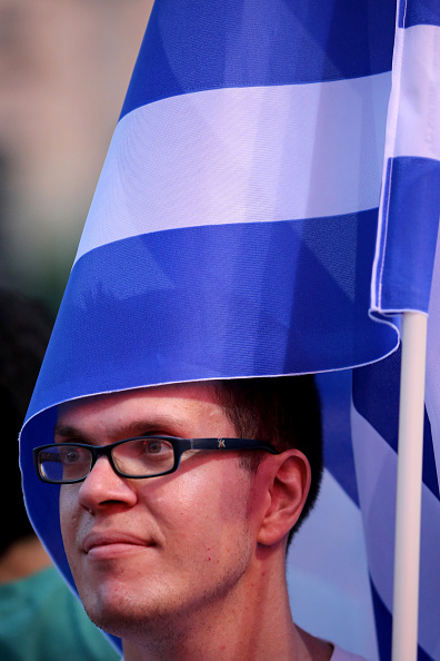 Christopher Furlong「Rallies Are Held In Athens Ahead Of The Greek Bailout Referendum On Sunday」:写真・画像(15)[壁紙.com]