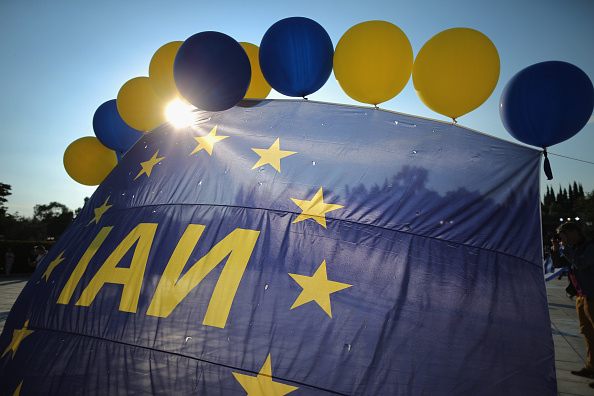 Christopher Furlong「Rallies Are Held In Athens Ahead Of The Greek Bailout Referendum On Sunday」:写真・画像(13)[壁紙.com]