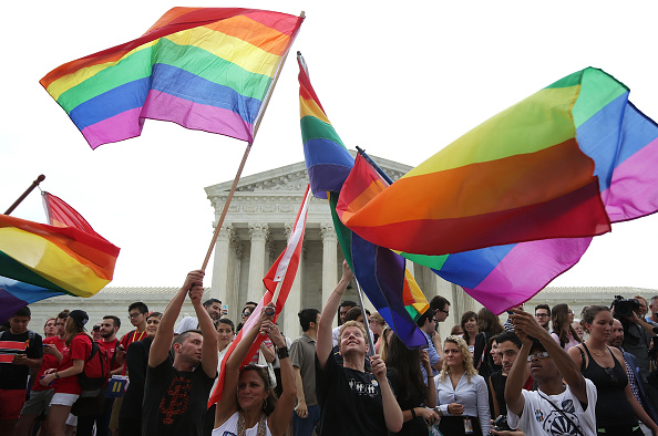 Supreme Court「Supreme Court Rules In Favor Of Gay Marriage」:写真・画像(7)[壁紙.com]