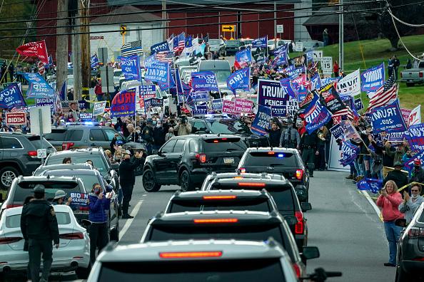 Motorcade「Joe Biden Campaigns For President In Pennsylvania」:写真・画像(4)[壁紙.com]