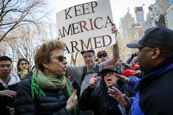 Gun Violence Protest「Thousands Join March For Our Lives Events Across US For School Safety From Guns」:写真・画像(2)[壁紙.com]