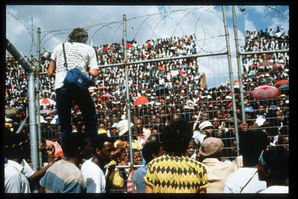 Releasing「Rally In Soweta After Nelson Mandela''s Release」:写真・画像(12)[壁紙.com]