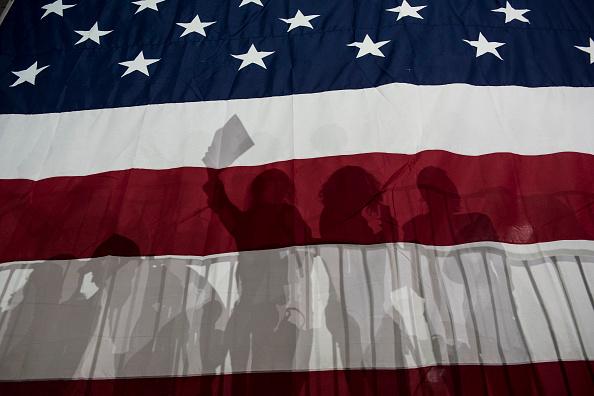 選挙「Hillary Clinton Holds Post-Super Tuesday Rally In NYC」:写真・画像(8)[壁紙.com]