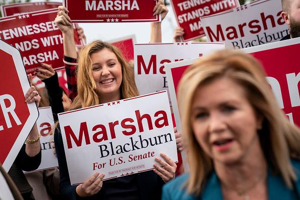 Tennessee「GOP Senate Candidate Marsha Blackburn Campaigns In Franklin, Tennessee」:写真・画像(11)[壁紙.com]