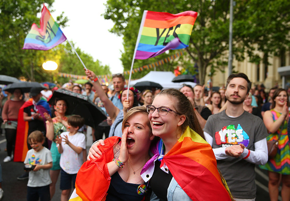 オーストラリア「Australians Celebrate YES Vote Win In Marriage Law Postal Survey」:写真・画像(1)[壁紙.com]