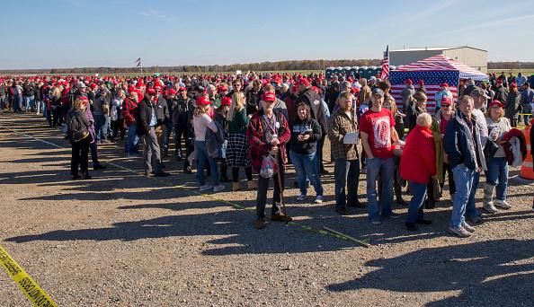 MAGA「President Trump Holds Rally In Mosinee, Wisconsin」:写真・画像(18)[壁紙.com]