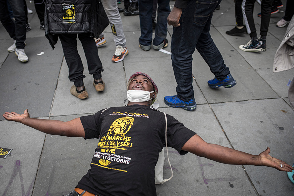 Diminishing Perspective「Nationwide Migrant March On Paris In Mass Protest」:写真・画像(15)[壁紙.com]