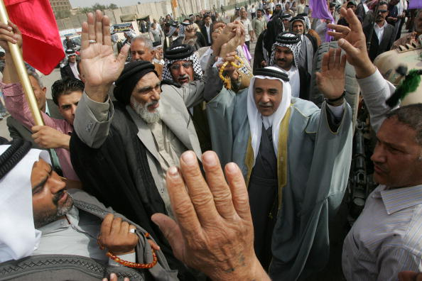 Muhannad Fala'ah「Supporters of Iraqi Prime Minister Nouri al-Maliki Demand Election Recount」:写真・画像(4)[壁紙.com]
