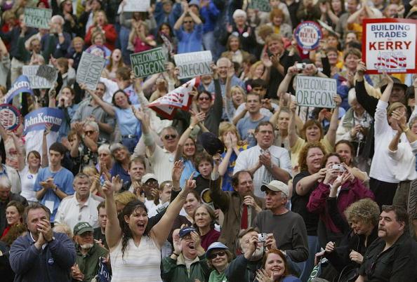 Oregon - US State「Democratic Presidential Candidate John Kerry Campaigns」:写真・画像(17)[壁紙.com]