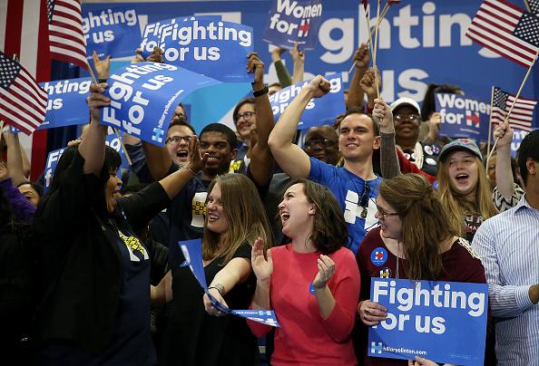 Justin Sullivan「Hillary Clinton Hosts Primary Night Event In Columbia, South Carolina」:写真・画像(14)[壁紙.com]