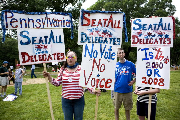 Joshua Roberts「DNC Holds Meeting On Seating Florida And Michigan Delegates」:写真・画像(9)[壁紙.com]