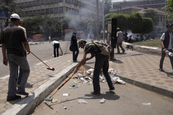Giles「Egypt Protests Intensify As Army Deadline Approaches」:写真・画像(16)[壁紙.com]