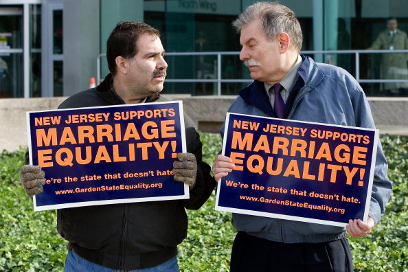 Decisions「New Jersey Supreme Court Rules In Favor Of Same Sex  Marriage」:写真・画像(19)[壁紙.com]