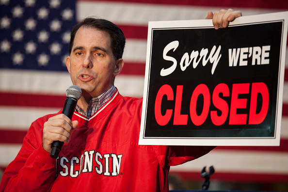 Wisconsin「Gubernatorial Candidate Scott Walker Hots GOTV Rally On Eve Of Midterm Election」:写真・画像(12)[壁紙.com]