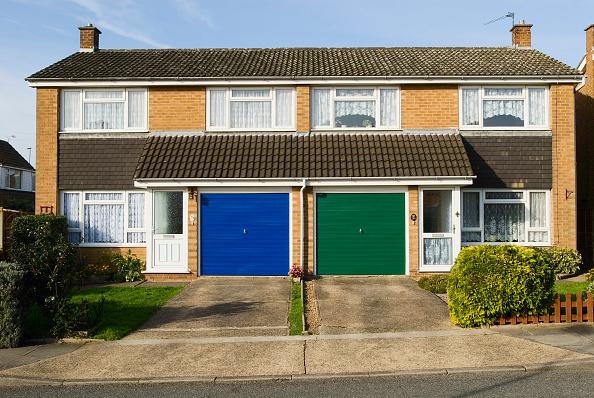 Front Door「1960s semi detached houses, Ipswich, Suffolk, UK」:写真・画像(5)[壁紙.com]