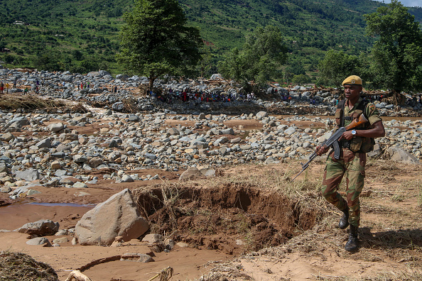 歩兵「Zimbabwe Recovers From Cyclone Idai」:写真・画像(14)[壁紙.com]