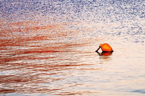 パトモス島「Floating buoy」:スマホ壁紙(14)