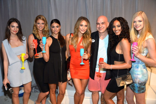 Hennessy「Sports Illustrated Swimsuit at Moet Hennessy's The Q」:写真・画像(12)[壁紙.com]