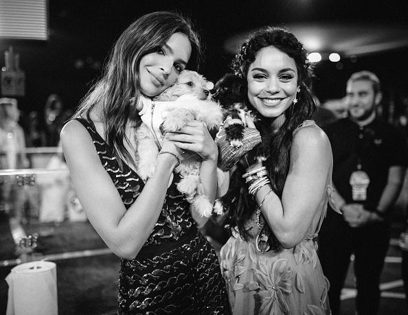 ヴァネッサ・ハジェンズ「An Alternative View Of The 2015 MTV Video Music Awards」:写真・画像(4)[壁紙.com]