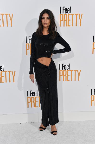 映画プレミア「Premiere Of STX Films' 'I Feel Pretty' - Arrivals」:写真・画像(4)[壁紙.com]