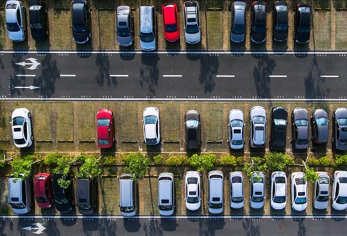 Crowded「Car parking」:スマホ壁紙(19)
