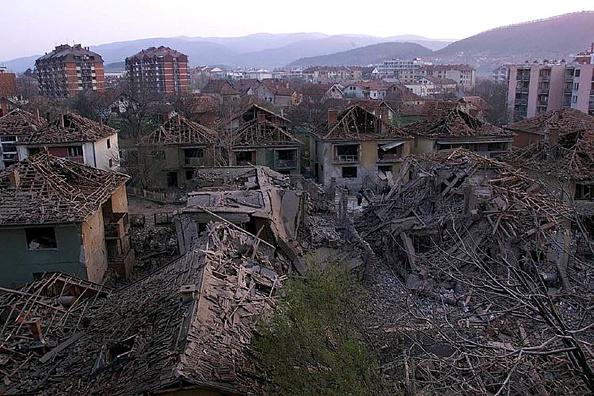 War「NATO missiles hit Aleksinac」:写真・画像(11)[壁紙.com]