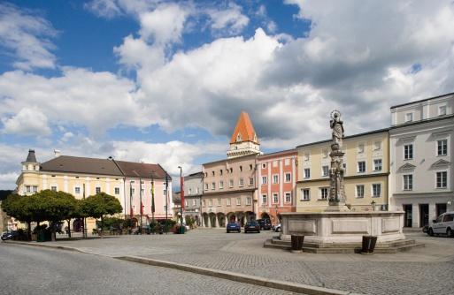 Town Square「Austria, Mühlviertel, Freistadt, View of city square」:スマホ壁紙(19)