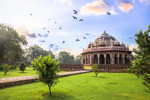 Tent「Tomb of Isa Khan at Humayun's Tomb, Delhi, India- CNGLTRV1109」:スマホ壁紙(11)
