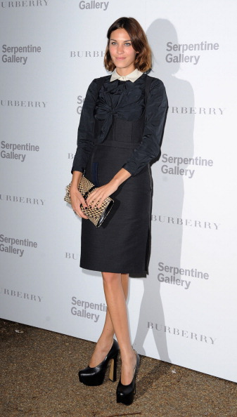 Pencil Dress「Burberry Serpentine Summer Party」:写真・画像(17)[壁紙.com]