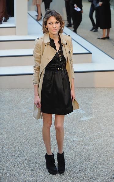 Coat - Garment「Burberry Show Red Carpet: Spring/Summer 2010 - London Fashion Week」:写真・画像(19)[壁紙.com]