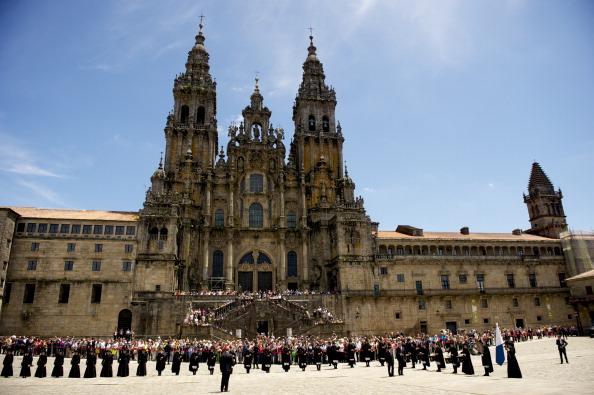 Japanese Royalty「Crown Prince Naruhito of Japan Visits Santiago de Compostela」:写真・画像(13)[壁紙.com]