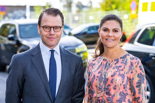 Sweden「Swedish Royals Visit The Ambulance Service In The Stockholm Region」:写真・画像(9)[壁紙.com]