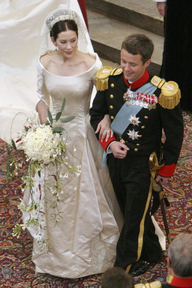 Wedding Dress「Wedding Of Danish Crown Prince Frederik and Mary Donaldson」:写真・画像(10)[壁紙.com]