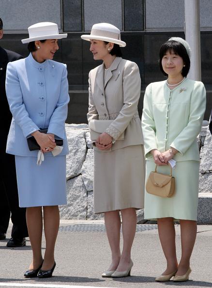 Japanese Royalty「Emperor Akihito and Empress Michiko Return To Japan」:写真・画像(18)[壁紙.com]