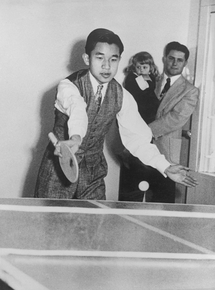 Emperor Akihito「Crown Prince Akihito On Tour」:写真・画像(1)[壁紙.com]
