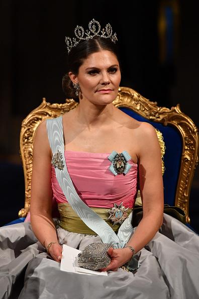Crown Princess Victoria of Sweden「The Nobel Prize Award Ceremony 2018」:写真・画像(14)[壁紙.com]