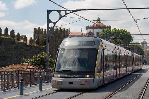 World Heritage「Tram in Porto」:スマホ壁紙(1)