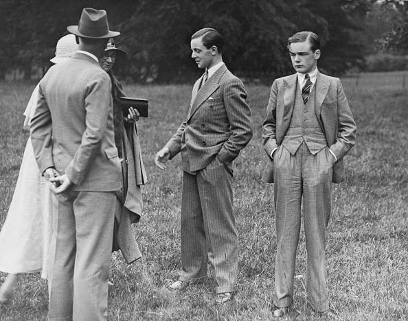 Young Men「Ronald Strutt」:写真・画像(14)[壁紙.com]