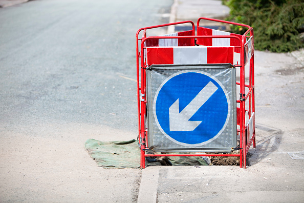 Danger「A barrier surrounding a hole in the pavement, Ambleside, UK.」:写真・画像(19)[壁紙.com]