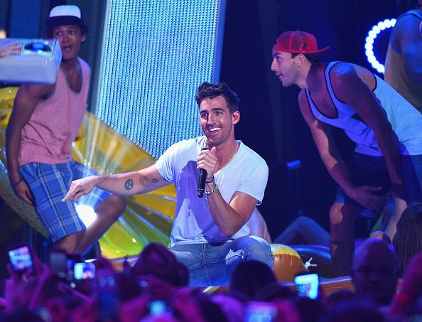 Larry Busacca「2015 CMT Music Awards - Show」:写真・画像(11)[壁紙.com]