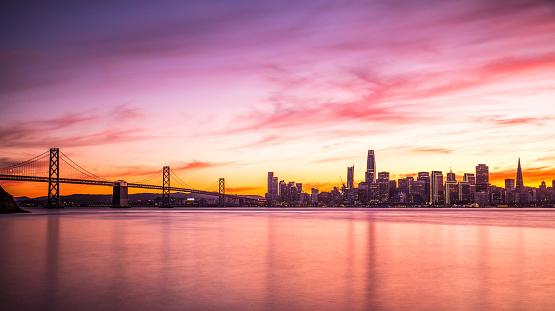 San Francisco - California「Modern futuristic downtown San Francisco skyline at night」:スマホ壁紙(18)