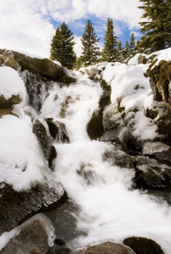 凍った「Mountain stream in Jasper, Alberta」:スマホ壁紙(18)