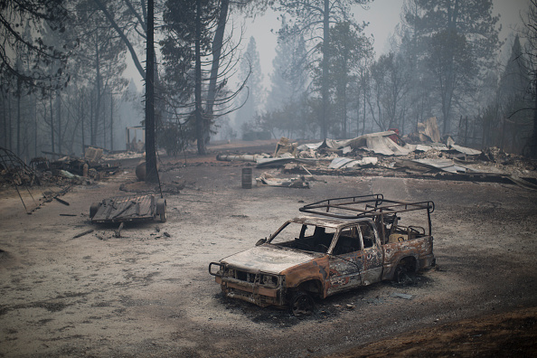 カリフォルニア州「Butte Fire Southeast of Sacramento Continues to Burn and Threaten Homes」:写真・画像(6)[壁紙.com]