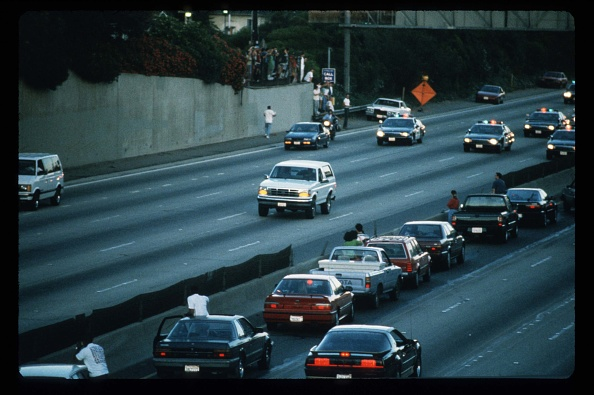 Ford Motor Company「Motorists Wave At O.J. Simpson During Police Freeway Pursuit」:写真・画像(17)[壁紙.com]