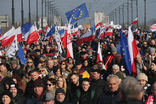 Politics「Pro-Democracy Protesters March In Warsaw」:写真・画像(15)[壁紙.com]